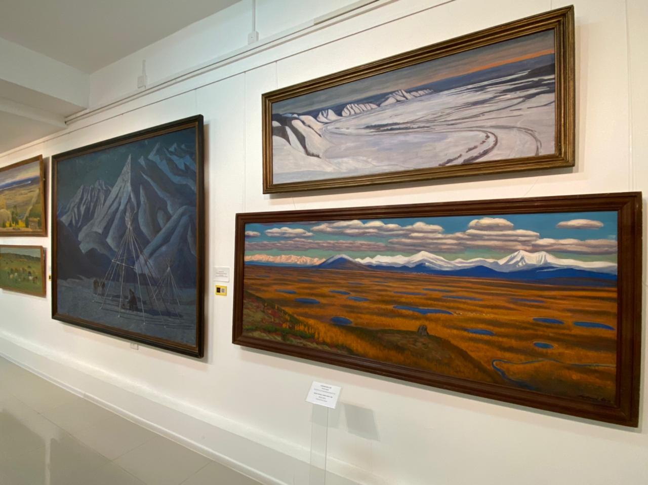 Экспозиция якутского художника Афанасия Осипова загружена на платформу «Артефакт»
