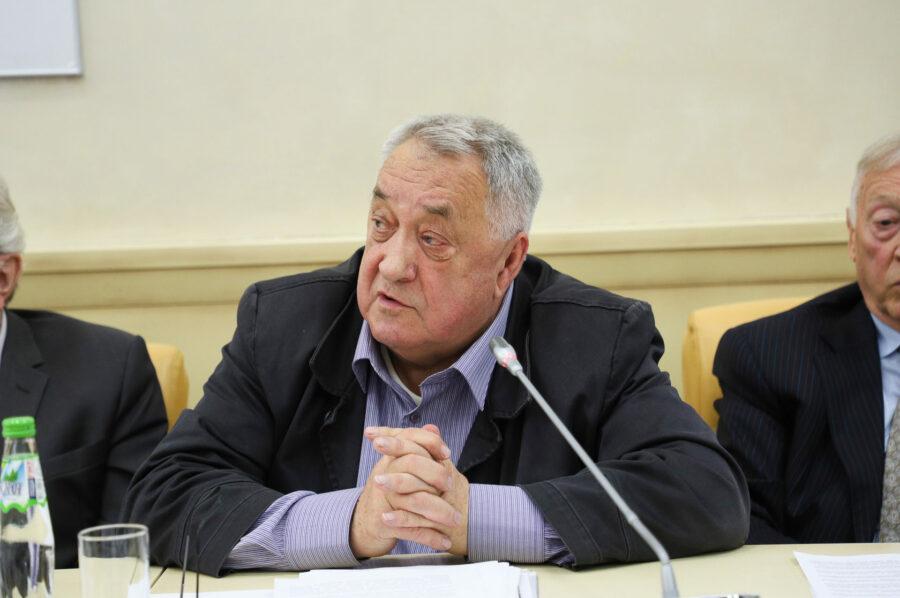 Председателем Общественного совета при Роснедрах избран Евгений Фаррахов