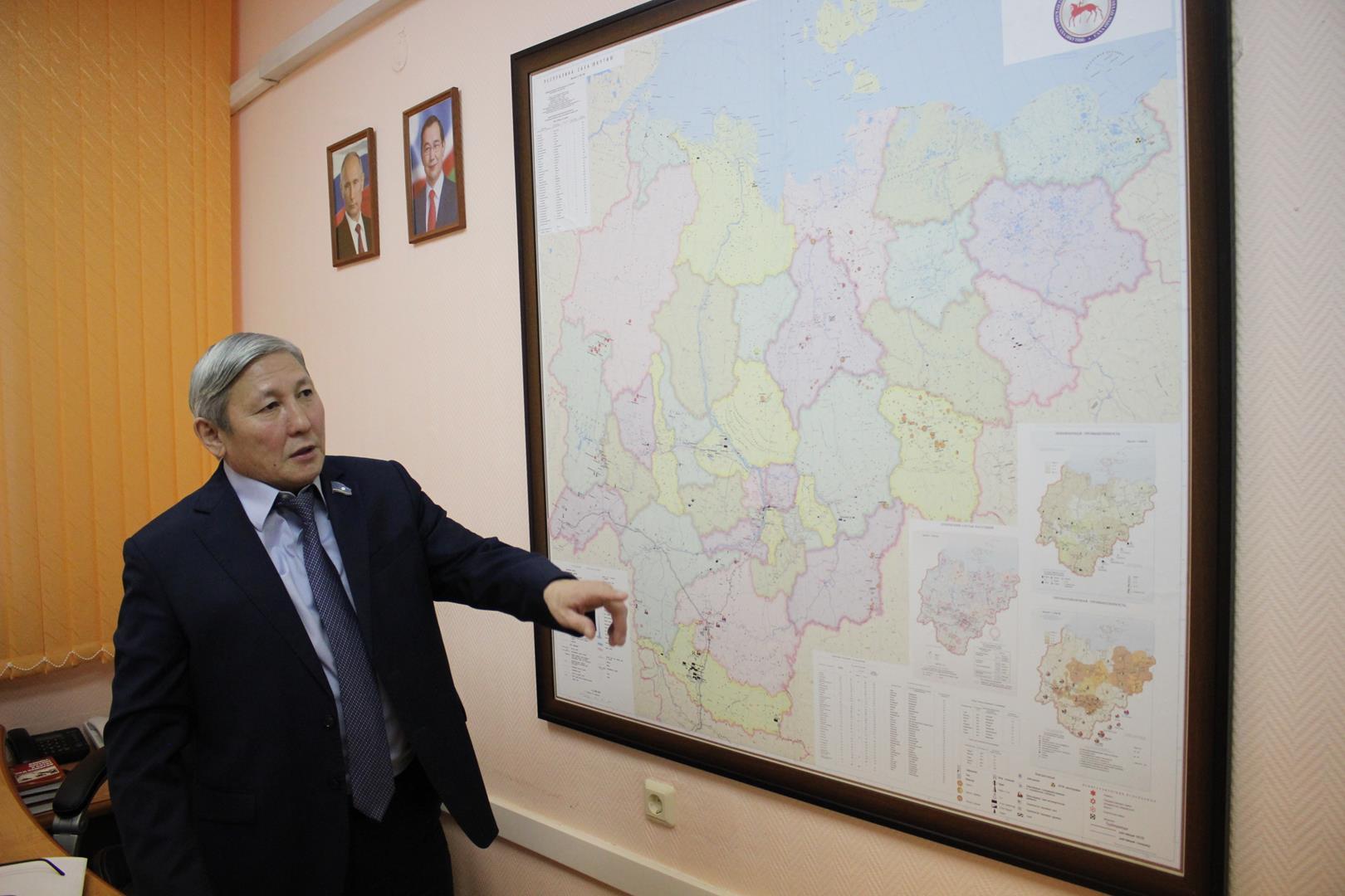 Один день из жизни депутата. Владимир Прокопьев об экологии, мерзлоте, пандемии и этике