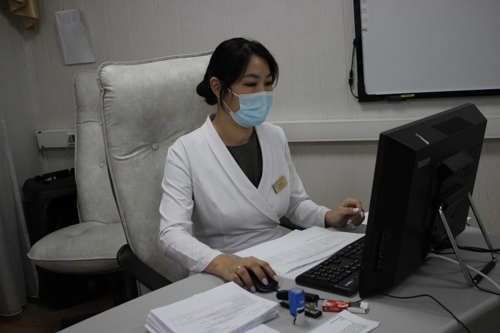 От звонка до укола. Все подробности получения вакцины от коронавируса в Якутске
