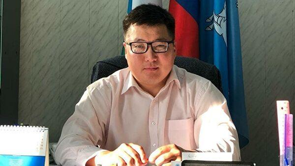 Нюргустан Афанасьев: Ил Дархан прилагает большие усилия по развитию производительных сил республики