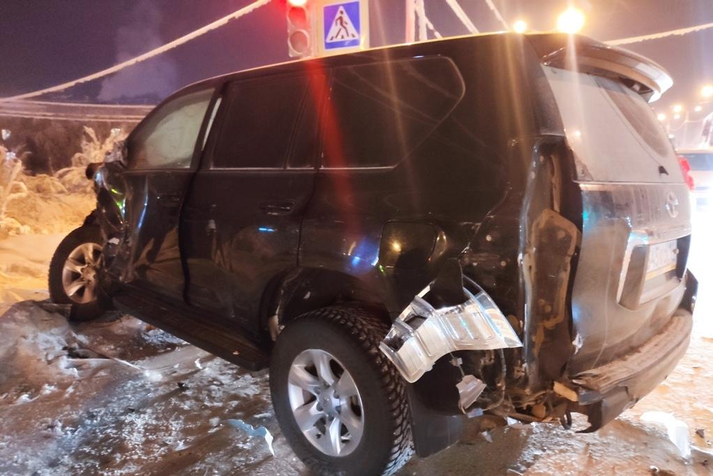 ДТП со скорой Якутск 09.02.21 Повреждения ТЛК 2