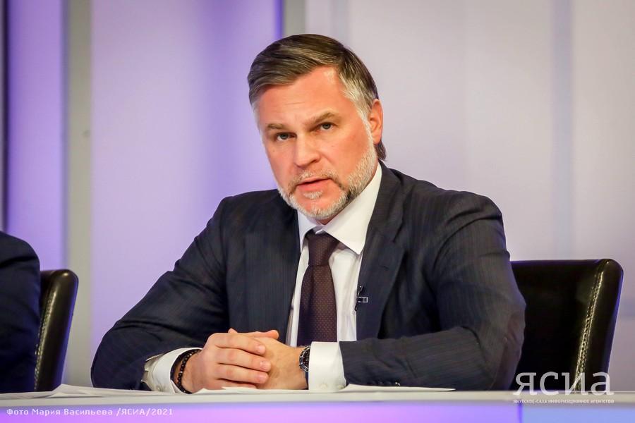Кирилл Бычков заявил о девяти тысячах трудоустроенных в промышленности якутян