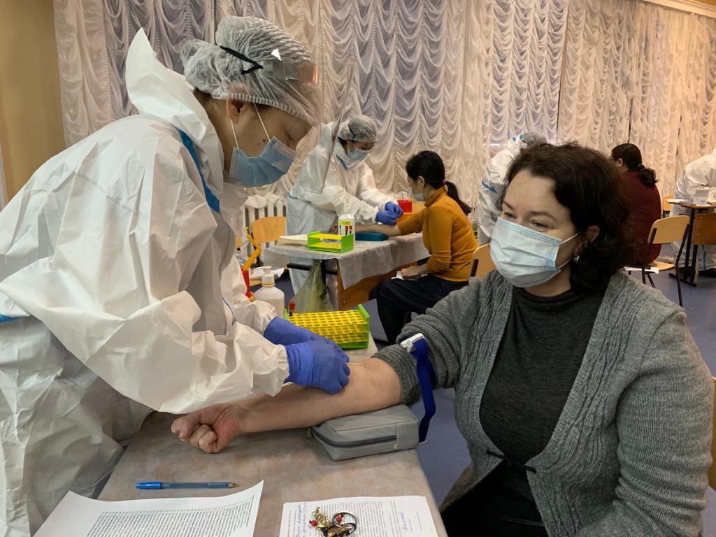 В Якутске проходит акция, посвященная Международному дню борьбы с онкологией