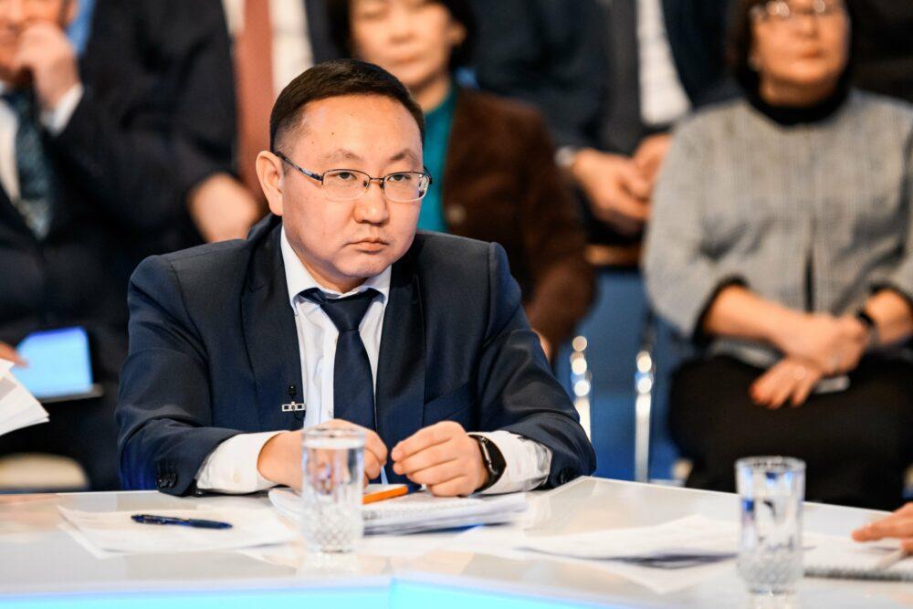 Отчёт правительства Якутии. Алексей Колодезников выступит в прямом эфире 7 февраля