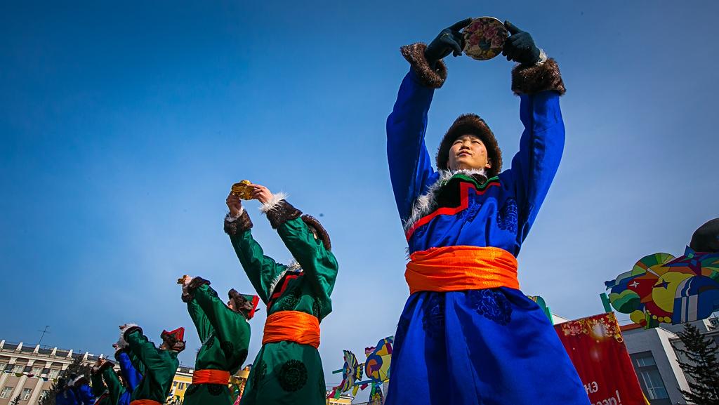Дандар - лама: Сегодня ночью наступит праздник Белого месяца
