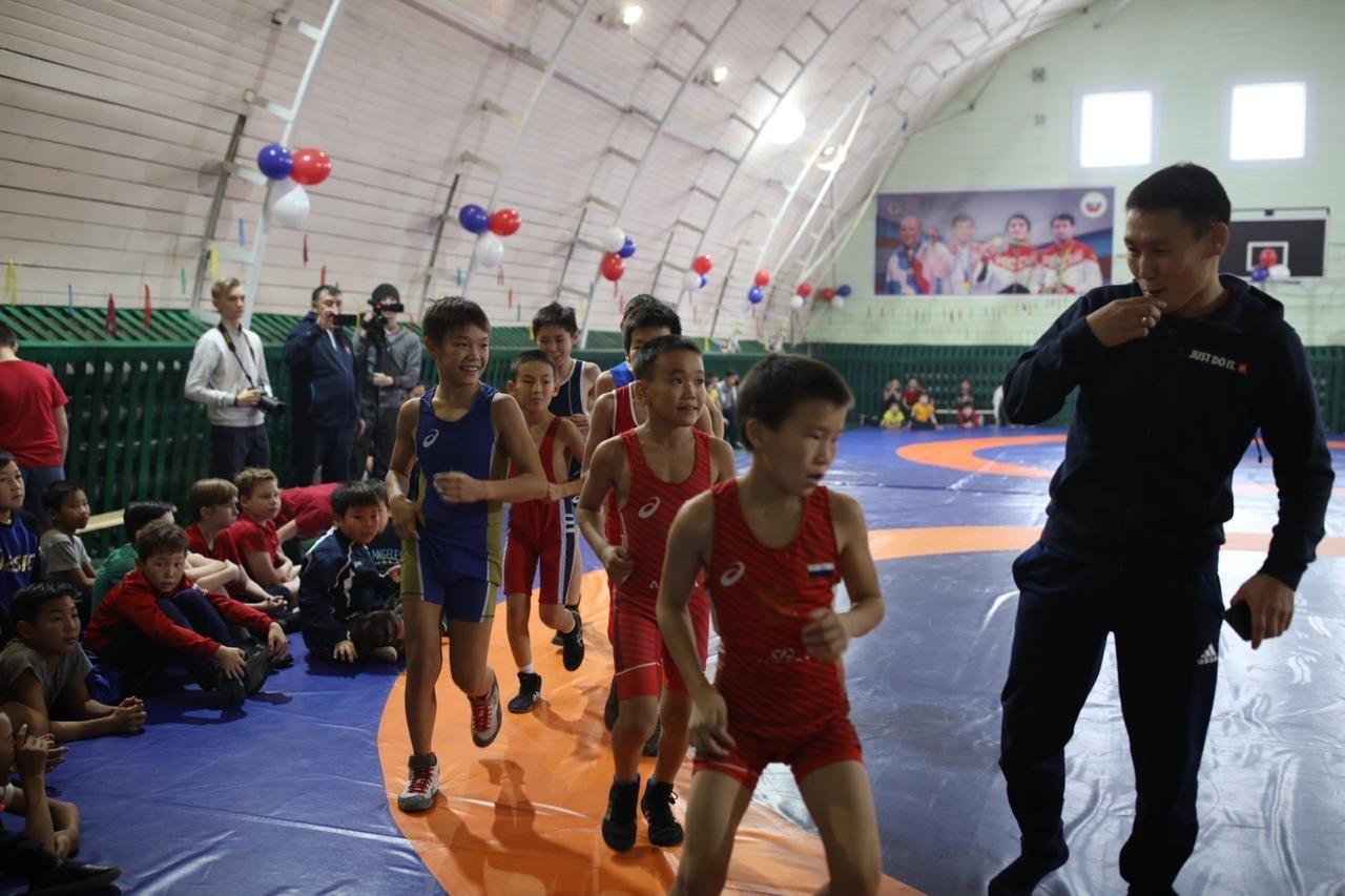В Якутии в 52 школах создадут условия для занятий физкультурой и спортом