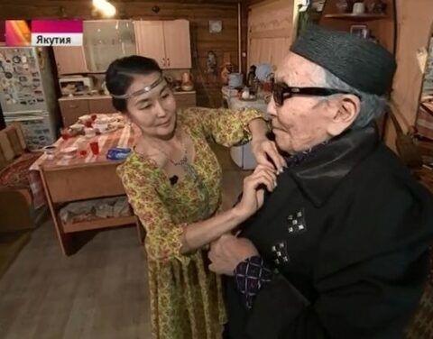 В Якутии 220 приемных семей взяли на себя заботу о пожилых