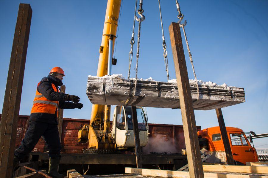 В Якутии работают над замещением иностранной рабочей силы в строительстве местными кадрами