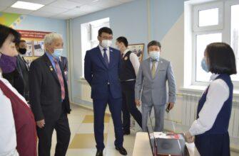 Сергей Местников поздравил жителей села Тасагар с вводом нового здания школы