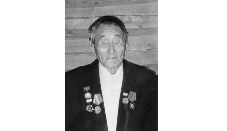 Глава Якутии выразил соболезнованиев связи с кончинойветеранавойныДмитрия Михайлова