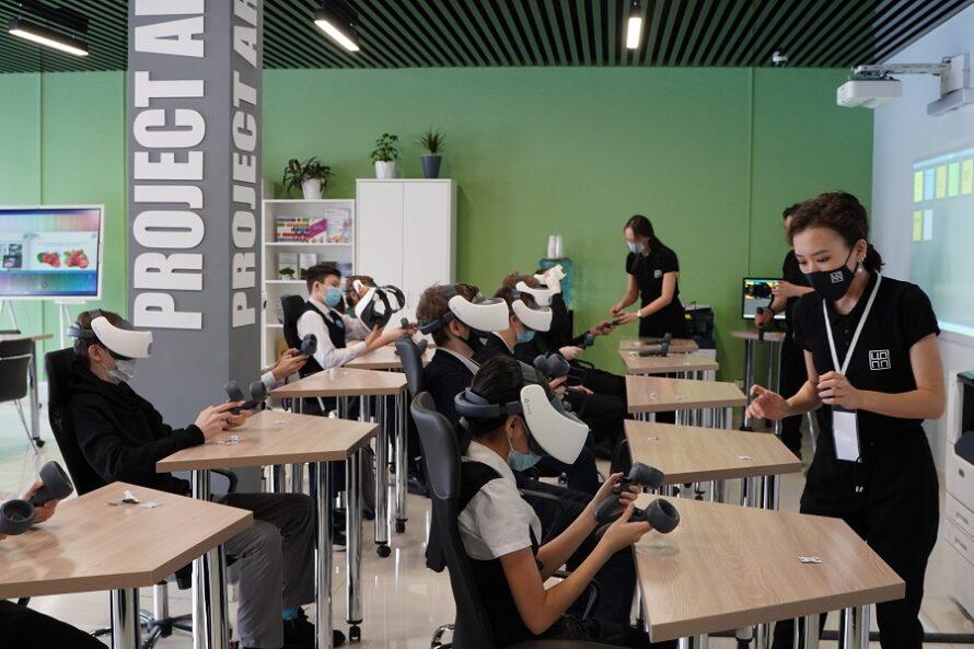 """Юным якутянам помогли с выбором в """"День профессий будущего"""""""