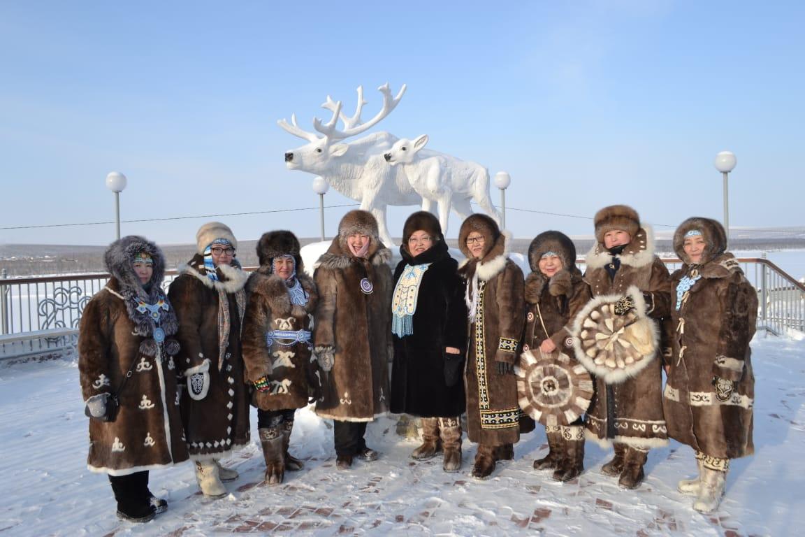 Форум декоративно-прикладного искусства проходит в Оленекском улусе Якутии