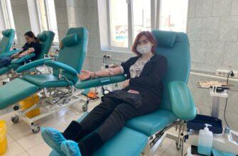 """Молодежка ОНФ и студенты сдали кровь в рамках акции """"Оставайся донором"""""""