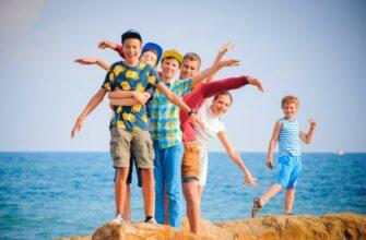 Путин дал поручения по организации детского летнего отдыха