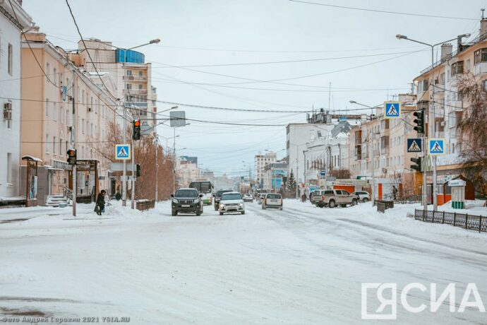 Фоторепортаж. Последствия снегопада в Якутске