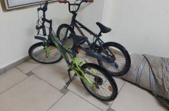 Полицейские Якутска ищут владельцев велосипедов и портативного гаража