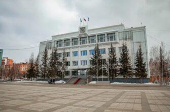 Глава Якутии принимает участие в форуме АЛРОСА в Мирнинском районе