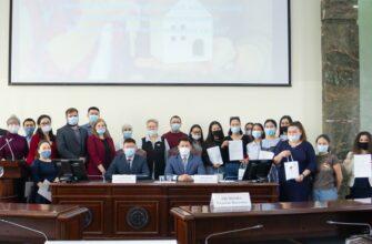 Решить жилищный вопрос помогут 30 молодым семьям Якутии