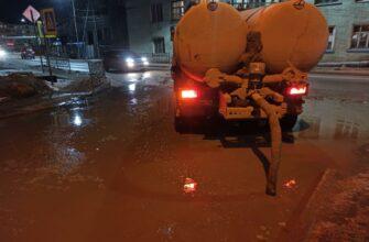 С улиц Якутска откачали около двух тысячи кубометров талой воды