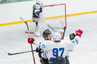 Мирнинскиеспортсмены показали блестящий хоккей на льду «Эллэй Боотура»