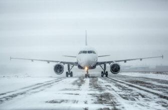 Аэропорт Якутска заработал в штатном режиме после аномального снегопада