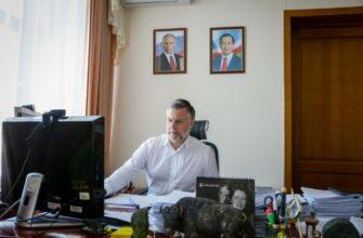Кирилл Бычков поставил вопрос выделения средств на строительство домов после пожара в Октемцах
