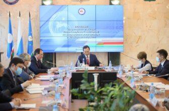 Глава Якутии ознакомился эпидситуацией и темпами вакцинации в Мирнинском районе