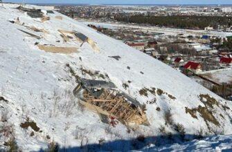 Из-за сильного ветра в Якутске обрушился звездолет