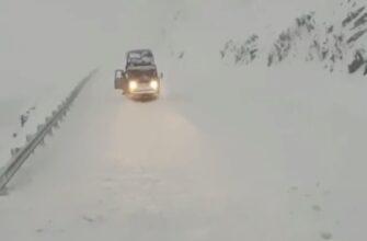 В Томпонском районе Якутии произошел сход лавины