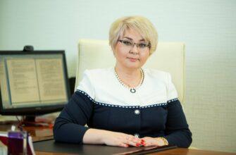 Министр здравоохранения Якутии поздравляет коллег с Днем работника скорой медицинской помощи