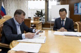 Айсен Николаев и Марат Хуснуллин обсудили строительство Ленского моста в Якутии