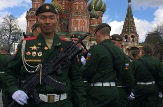 Выпускник чурапчинской школы Алгыстаан Скрябин примет участие в Параде Победы на Красной площади
