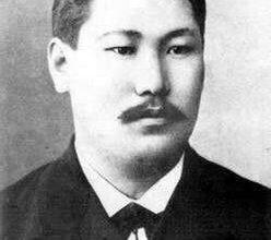 Глава Якутии поздравил якутян с 155-летием Василия Никифорова–Кюлюмнюра