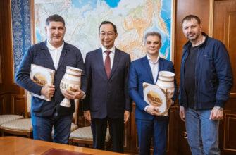 Глава Якутии Айсен Николаев встретился с руководством Ярославского театра драмы