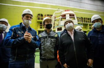 Глава Якутии осмотрел объекты электросетевого хозяйства в Мирнинском районе