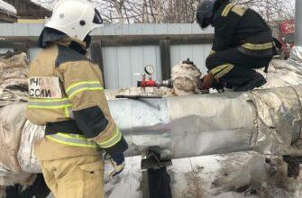 Огнеборцы проверяют наружное противопожарное водоснабжение Якутска