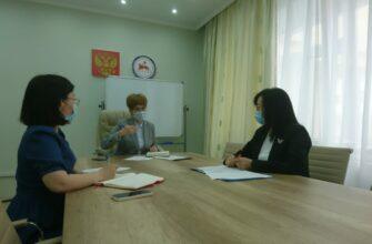 В Якутии планируют расширить сеть центров ранней помощи детям-инвалидам и семьям