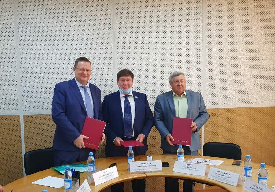 В Якутии подписано соглашение по развитию судостроения и судоходства