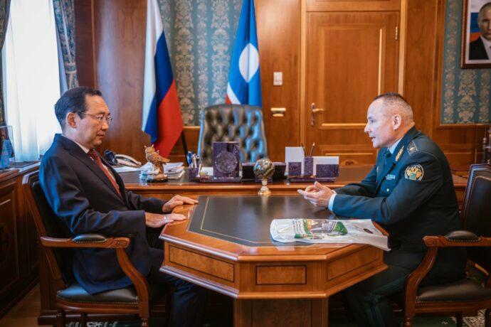 Айсен Николаев встретился с начальником Хабаровской таможни Владимиром Игнатьевым