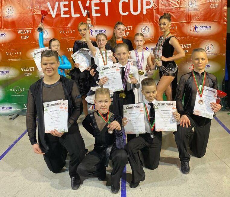 Ленчане представили Якутии на двух российских турнирах по спортивно-бальным танцам