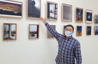 «Мир из окна. Год пандемии». В Якутске открылась фотовыставка известного художника Николая Курилова