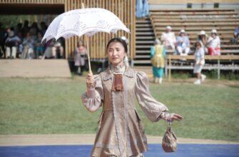 Более 20 народных мастеров Якутии приняли участие в конкурсе национальной одежды на Ысыахе Олонхо