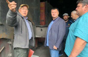 Работы по благоустройству территорий и защите от паводков ведутся в Среднеколымске