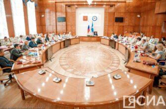 В Якутии в преддверии профессионального праздника наградили медицинских работников