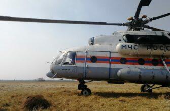 Пожар возле села Тюбяй Сунтарского района тушит вертолет МЧС Якутии