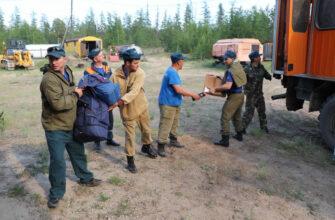 На тушении лесных пожаров в районах Якутии задействованы специалисты МЧС России