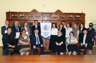 Министр культуры Якутии встретился с участниками проекта по созданию модельных библиотек