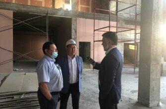 Первый вице-премьер Якутии проверил ход строительства медицинских объектов