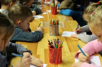 Детей ветеранов боевых действий предложили зачислять в детсады без общей очереди